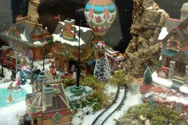 christmas-village-lemax