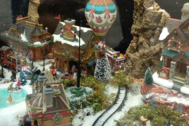 christmas-village-lemax